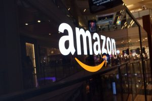 are-physical-pop-up-stores-the-secret-to-amazons-success